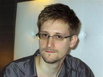 Edward Snowden, un ancien technicien de la CIA qui a travaillé comme sous-traitant pour la National Security Agency (NSA), a révélé dimanche soir être à l'origine des fuites ayant permis à la presse de révéler l'existence d'un vaste programme de surveillance des communications aux Etats-Unis. Il s'est réfugié dans un hôtel de Hong Kong avec des documents secrets mais était introuvable lundi. /Photo d'archives/REUTERS/Ewen MacAskill/The Guardian