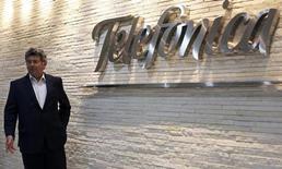 Santiago Fernandez Valbuena, presidente da Telefónica da América Latina, durante o Latin America Investment Summit de 2013 da Reuters em São Paulo, 21 de maio de 2013. A Telefónica declarou nesta segunda-feira que não recebeu nenhuma indicação de interesse da AT&T, após uma reportagem de jornal espanhol afirmar que o governo da Espanha havia impedido uma oferta de 70 bilhões de euros que teria sido feita pela operadora norte-americana. 21/05/2013 REUTERS/Nacho Doce