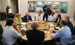 Au sommet du G8, à Enniskillen, les Etats-Unis se sont engagés mardi à oeuvrer en faveur d'un cadre juridique strict permettant de lutter contre le recours abusif aux sociétés écrans mais ils n'ont adopté pour l'instant aucune mesure concrète contre cette pratique, largement utilisée à de juin s fins d'évasion fiscale. /Photo prise le 18 juin 2013/REUTERS/Yves Herman