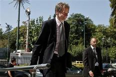International Monetary Fund's (IMF) Deputy Director and Mission Chief to Greece Poul Thomsen (C) arrives at the Administrative Reform ministry in Athens July 3, 2013. REUTERS/Yorgos Karahalis