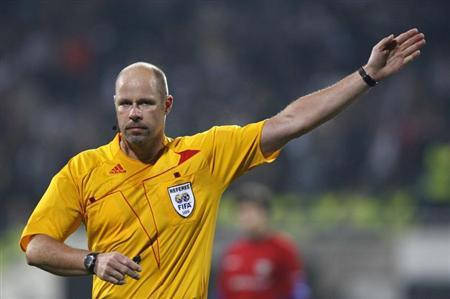 Referee Martin Hansson of Sweden is seen during a Champions League soccer match between Besiktas and CSKA Moscow at Inonu stadium in Istanbul in this December 8, 2009 file photo. REUTERS/Murad Sezer
