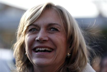 Former Labor Minister and presidential candidate of the conservative right-wing UDI (Democratic Independent Union) party Evelyn Matthei is seen during a campaign rally in Santiago, July 22, 2013. REUTERS/Ivan Alvarado