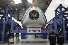 Alstom a annoncé vendredi trois contrats de fourniture d'équipements hydroélectriques en Turquie pour un montant total de 100 millions d'euros environ. Le groupe fournira notamment des turbines, des alternateurs, des transformateurs et des systèmes de contrôle. /Photo prise le 10 février 2012/REUTERS/Stéphane Mahé