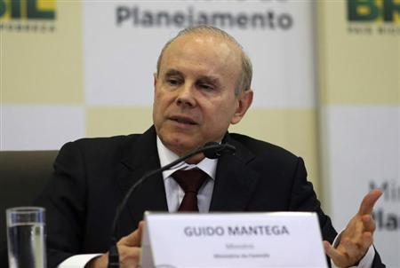 Brazil's Finance Minister Guido Mantega gives a news conference in Brasilia, July 22, 2013. REUTERS/Fabio Rodrigues-Pozzebom