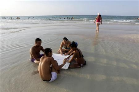 People Play Domino At A Beach On The Outskirts Of Havana July 28 2013