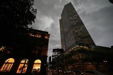The headquarters of the European Central Bank (ECB) is pictured in Frankfurt, August 6, 2013. REUTERS/Ralph Orlowski