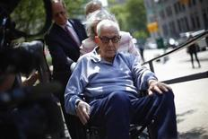 Anthony Marshall arrives to New York Criminal Court, June 21, 2013. Marshall, 89, son of late philanthropist Brooke Astor, turned himself in at a Manhattan courthouse on Friday to begin a 1- to 3-year prison sentence for stealing millions of dollars from his mother, who suffered from Alzheimer's disease. REUTERS/Eric Thayer