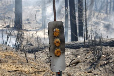 Massive wildfire prompts new travel restrictions through Yosemite