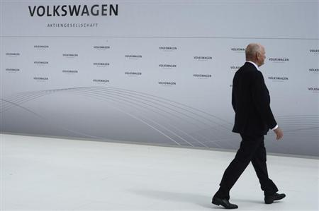Ferdinand Piech, chairman of the supervisory board of Volkswagen is pictured during a welcome ceremony at the plant of German carmaker Volkswagen in Wolfsburg, April 23, 2012. REUTERS/Fabian Bimmer