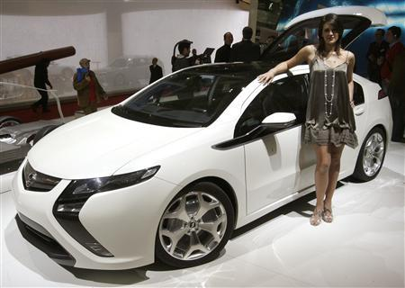 Opel Cuts Ampera Electric Car Price By 17 Percent In Germany
