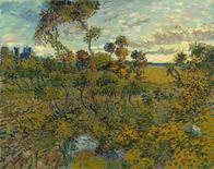 """Un tableau de Van Gogh considéré comme une vulgaire copie et relégué pendant un siècle dans le grenier d'un collectionneur est effectivement l'oeuvre du maître néerlandais et sera exposé prochainement à Amsterdam. """"Coucher de soleil à Montmajour"""" fut peint en 1888 à Arles. /REUTERS/Collection privée"""