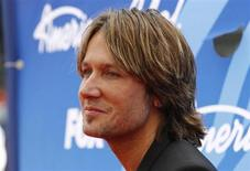 """American Idol judge and country music star Keith Urban arrives at the Season 12 finale of """"American Idol"""" in Los Angeles, Calfiornia May 16, 2013. REUTERS/Jonathan Alcorn"""