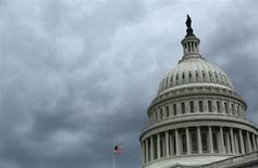 De nouvelles luttes budgétaires, potentiellement plus violentes que d'habitude, se profilent au Congrès américains, où les républicains veulent instrumentaliser des échéances importantes pour faire dérailler la réforme du système de santé, une des mesures phare de l'administration Obama. /Photo d'archives/REUTERS/Gary Cameron