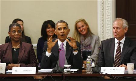 U.S. President Barack Obama (C) delivers remarks at a meeting of his Export Council in the Eisenhower Executive Office Building on the White House complex in Washington, September 19, 2013. REUTERS/Larry Downing
