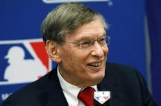 Major League Baseball Commissioner Bud Selig speaks at a news conference in New York, November 22, 2011, to announce a new five-year collective bargaining agreement with the players that will allow play to continue uninterrupted through the 2016 season in this file picture. REUTERS/Mike Segar