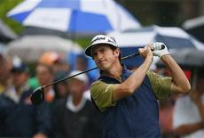 Spain's Gonzalo Fernandez-Castano tees off on the 10th hole during the second round of the 2013 PGA Championship golf tournament at Oak Hill Country Club in Rochester, New York August 9, 2013. REUTERS/Jeff Haynes