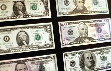 United States dollar banknotes are seen at the Museum of American Finance in New York October 15, 2010. REUTERS/Shannon Stapleton