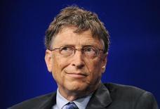 Trois des vingt premiers actionnaires de Microsoft militent au sein du conseil d'administration du groupe pour que Bill Gates quitte son poste de président de la société qu'il a cofondée il y a 38 ans, selon des sources au fait du dossier. /Photo prise le 1er mai 2013/REUTERS/Gus Ruelas