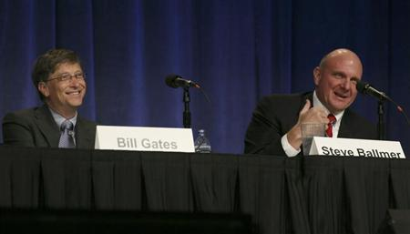 Microsoft Chairman Bill Gates and CEO Steve Ballmer take questions from shareholders during the Microsoft annual shareholders meeting in Bellevue, Washington, November 19, 2008. REUTERS/Marcus R. Donner