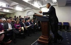 O presidente dos EUA, Barack Obama, fala sobre a paralisação do governo federal durante coletiva de imprensa na Casa Branca em Washington, EUA. 8/10/2013 REUTERS/Kevin Lamarque