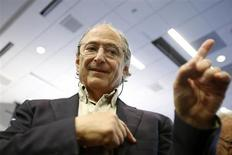Michael Levitt, a professor of structural biology at Stanford University, gestures after speaking at a press conference in Stanford, California October 9, 2013.REUTERS/Stephen Lam