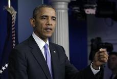 El presidente de Estados Unidos, Barack Obama, emite un discurso desde la Casa Blanca. Octubre 16, 2013. REUTERS/Yuri Gripa. Obama dijo el miércoles que promulgará la ley para poner fin a la paralización del Gobierno federal y evitar una cesación de pagos en cuanto llegue a la Casa Blanca.