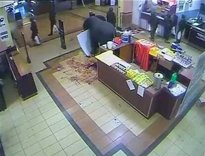 Video suggesting soldiers looted attacked mall angers Kenyans