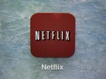 El logo de Netflix en un iPad en Encinitas, EEUU, abr 19 2013. El magnate inversor Carl Icahn retiró ganancias de Netflix Inc, aprovechando un alza del 457 por ciento en las acciones de la empresa desde que compró más del 9 por ciento de la misma hace 14 meses. REUTERS/Mike Blake