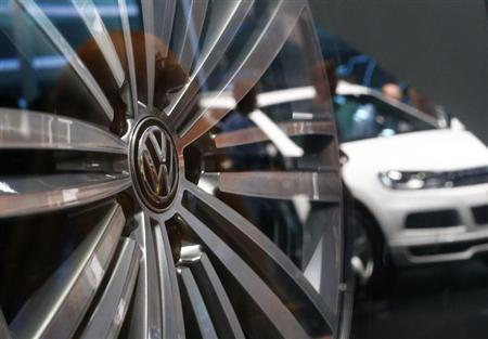 An aluminium wheel is pictured at the stand of German car manufacturer VW at the Frankfurt Motor Show (IAA) September 14, 2013. REUTERS/Ralph Orlowski