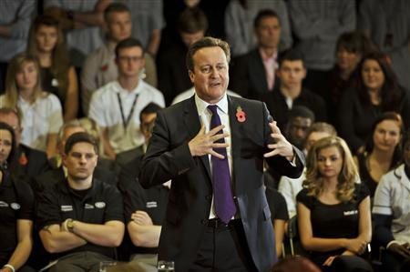 Britain's Prime Minister David Cameron speaks during his PM Direct visit to the Mini plant in Oxford, central England October 28, 2013. REUTERS/Ben Birchall/pool