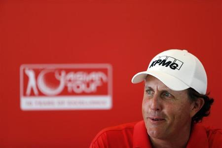 U.S. golfer Phil Mickelson speaks during a news conference at the Kuala Lumpur Golf and Country Club (KLGCC) in Kuala Lumpur October 23, 2013, ahead of the CIMB Classic tournament. REUTERS/Samsul Said