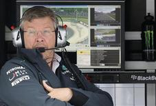 Mercedes Formula One team principal Ross Brawn looks on during the first practice session of the German F1 Grand Prix at the Nuerburgring racing circuit, July 5, 2013. REUTERS/Kai Pfaffenbach