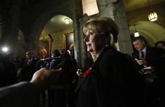 Pamela Wallin delivers a statement to journalists following a vote in the Senate on Parliament Hill in Ottawa November 5, 2013. REUTERS/Chris Wattie