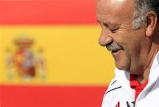 Spain's coach Vicente del Bosque is seen at the team base in Potchefstroom July 9, 2010 . REUTERS/Marcelo del Pozo