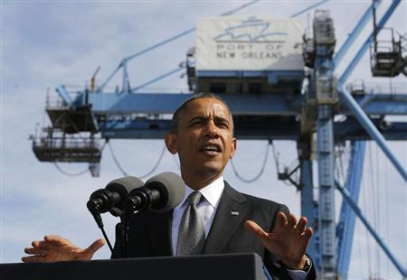 U.S. President Barack Obama talks about the importance of growing the U.S. economy while at the Port of New Orleans in Louisiana, November 8, 2013. REUTERS/Larry Downing