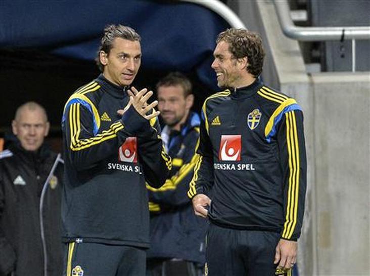 It S Not About Me And Ronaldo Says Ibrahimovic Reuters
