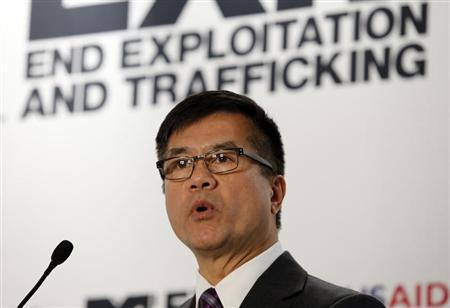 U.S. Ambassador to China Gary Locke speaks at an event to launch MTV EXIT's new documentary ''Human Traffic: China'', which tells the stories of people affected by the human trafficking trade in China and the region, in Beijing September 4, 2013. REUTERS/Kim Kyung-Hoon