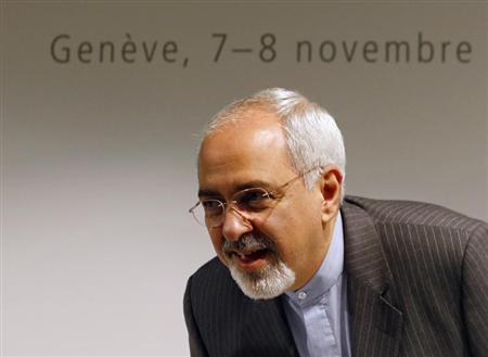 Iranian Foreign Minister Mohammad Javad Zarif arrives for a news conference after nuclear talks at the United Nations European headquarters in Geneva November 10, 2013. REUTERS/Denis Balibouse