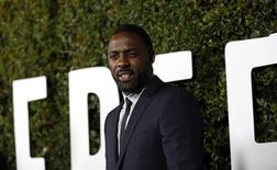 "Cast member Idris Elba poses at the premiere of ""Mandela: Long Walk to Freedom"" in Los Angeles, California November 11, 2013. REUTERS/Mario Anzuoni"