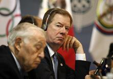 U.S. Olympic Committee chairman Larry Probst (R) looks on during a meeting with the Pan American Games organising committee in Guadalajara March 18, 2011. REUTERS/Alejandro Acosta