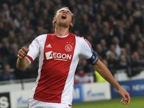 Ajax Amsterdam's Siem de Jong reacts during a Champions League soccer match against Celtic at Amsterdam Arena November 6, 2013. REUTERS/Toussaint Kluiters