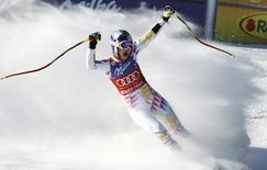 Lindsey Vonn of the U.S. celebrates winning the women's World Cup Super G in Beaver Creek, Colorado December 7, 2011. REUTERS/Rick Wilking