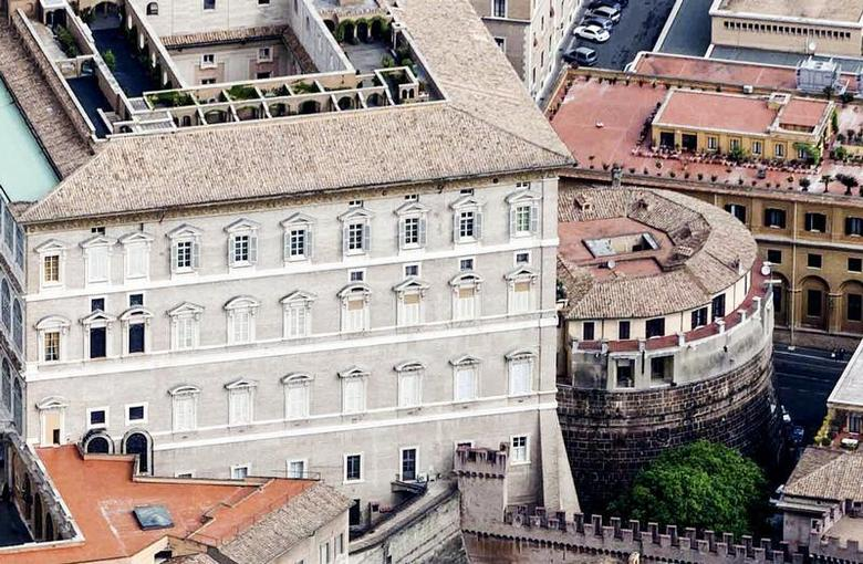 An exterior view of the tower of the Institute for Works of Religion (IOR) in Vatican City in 2011. REUTERS/Stringer