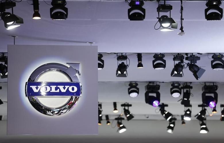 The logo of Volvo is pictured during a media preview day at the Frankfurt Motor Show (IAA) September 10, 2013. REUTERS/Pawel Kopczynski