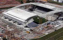 """An aerial view of the area where a crane collapsed, on the site of the Arena Sao Paulo stadium, known as """"Arena Corinthians"""", which will host the opening soccer match of the 2014 World Cup, in Sao Paulo November 28, 2013. REUTERS/Paulo Whitaker"""
