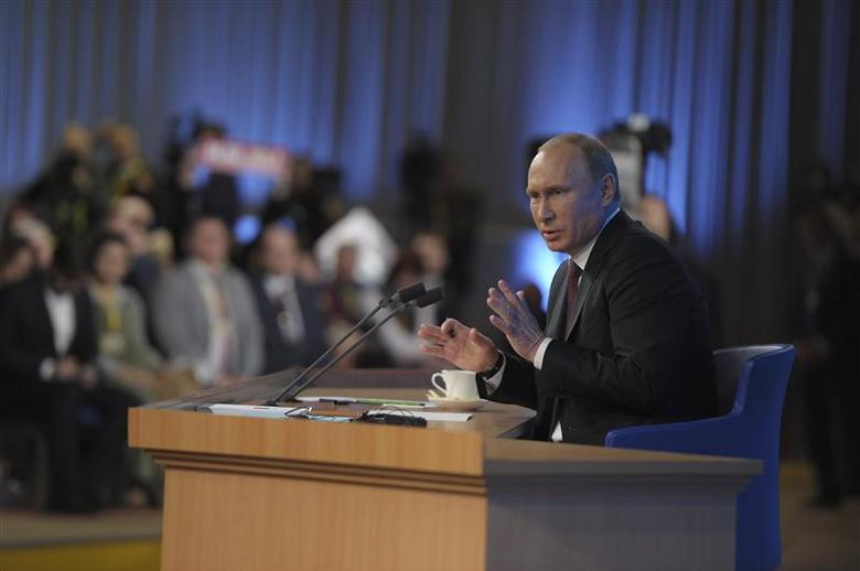 Russian President Vladimir Putin takes part in a televised news conference in Moscow December 19, 2013. REUTERS/Aleksey Nikolskyi/RIA Novosti/Kremlin