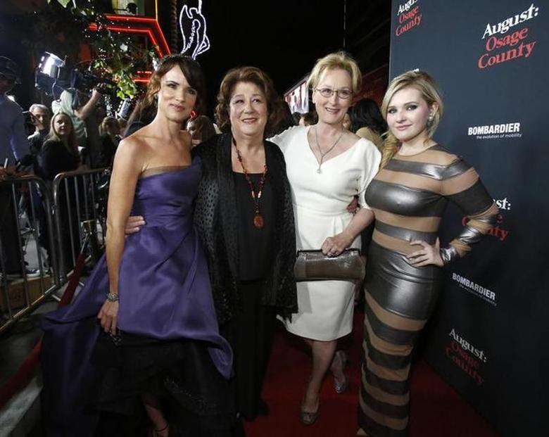Cast members (from L-R) Juliette Lewis, Margo Martindale, Meryl Streep and Abigail Breslin pose at the premiere of ''August: Osage County'' in Los Angeles, California December 16, 2013. REUTERS/Mario Anzuoni