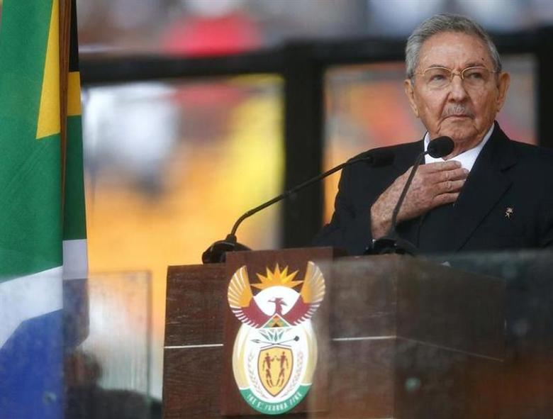 Cuban President Raul Castro delivers his speech at the memorial service for late South African President Nelson Mandela at the FNB soccer stadium in Johannesburg December 10, 2013. REUTERS/Kai Pfaffenbach