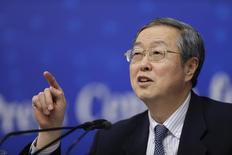 El Gobernador del banco central chino Zhou Xiaochuan en una conferencia de prensa en Pekín, mar 13, 2013. El banco central de China reiteró el martes su promesa de mantener una política monetaria estable, prudente y consistente en el 2014, en momentos en que promueve reformas al sistema financiero para alentar el crecimiento en la segunda mayor economía del mundo. REUTERS/Jason Lee