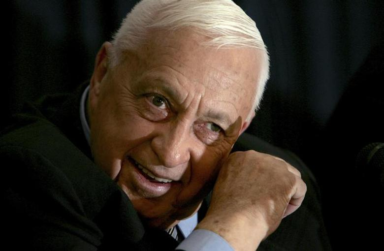 Israeli Prime Minister Ariel Sharon speaks to the media during a news conference in Tel Aviv in this December 1, 2005 file photo. REUTERS/Gil Cohen Magen